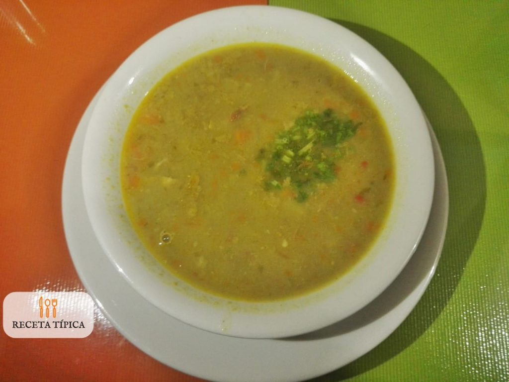dish with guineo soup