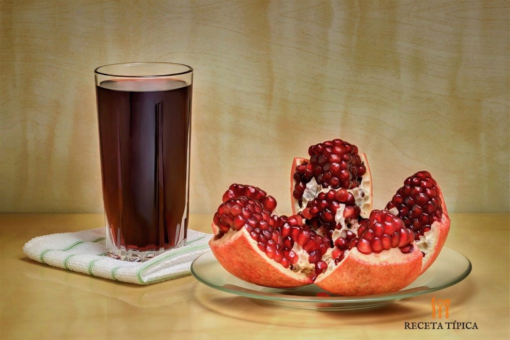 A glass of juice of pomegranate