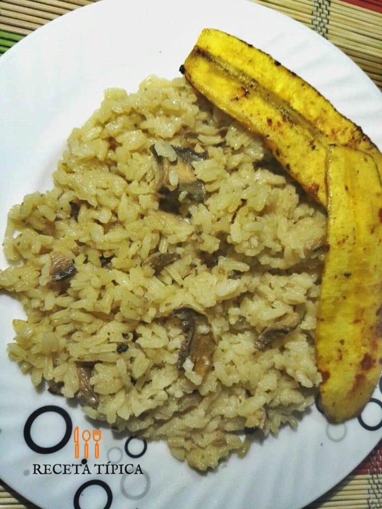 Dish with Mushroom Rice