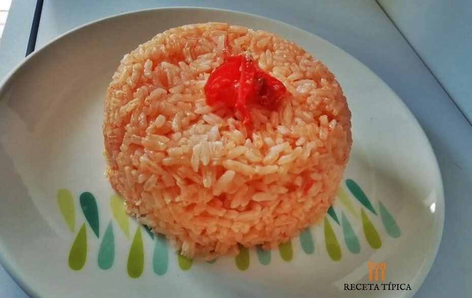 Dish with red rice