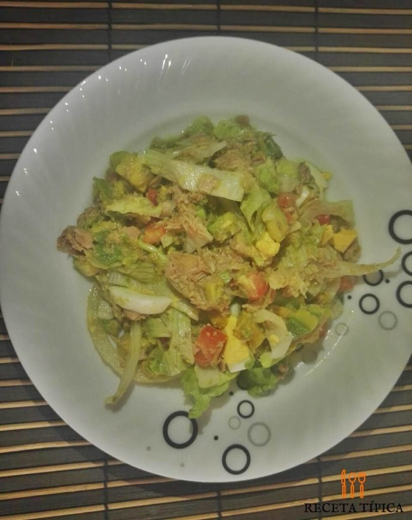 Dish with Tuna Salad