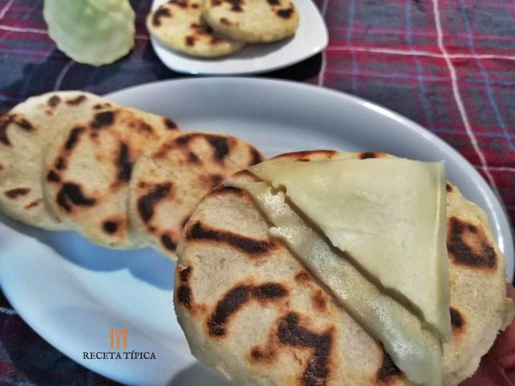 Dish with arepas de yuca