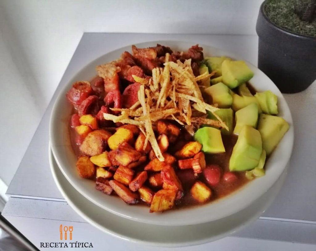 Colombian beans casserole