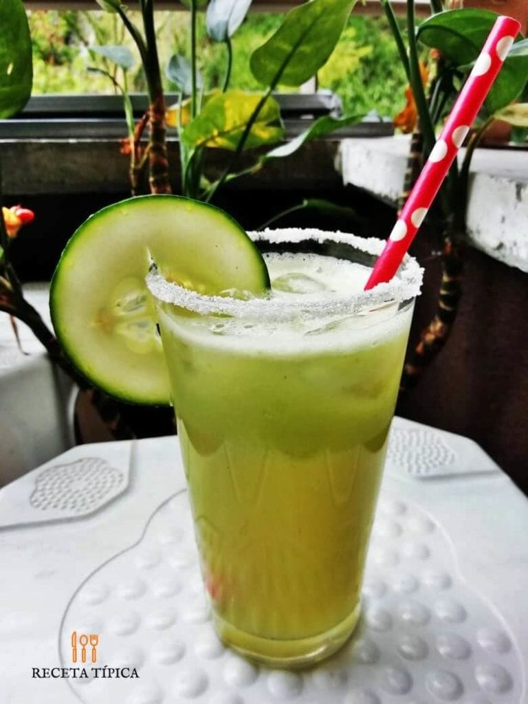 delicious glass with cucumber lemonade