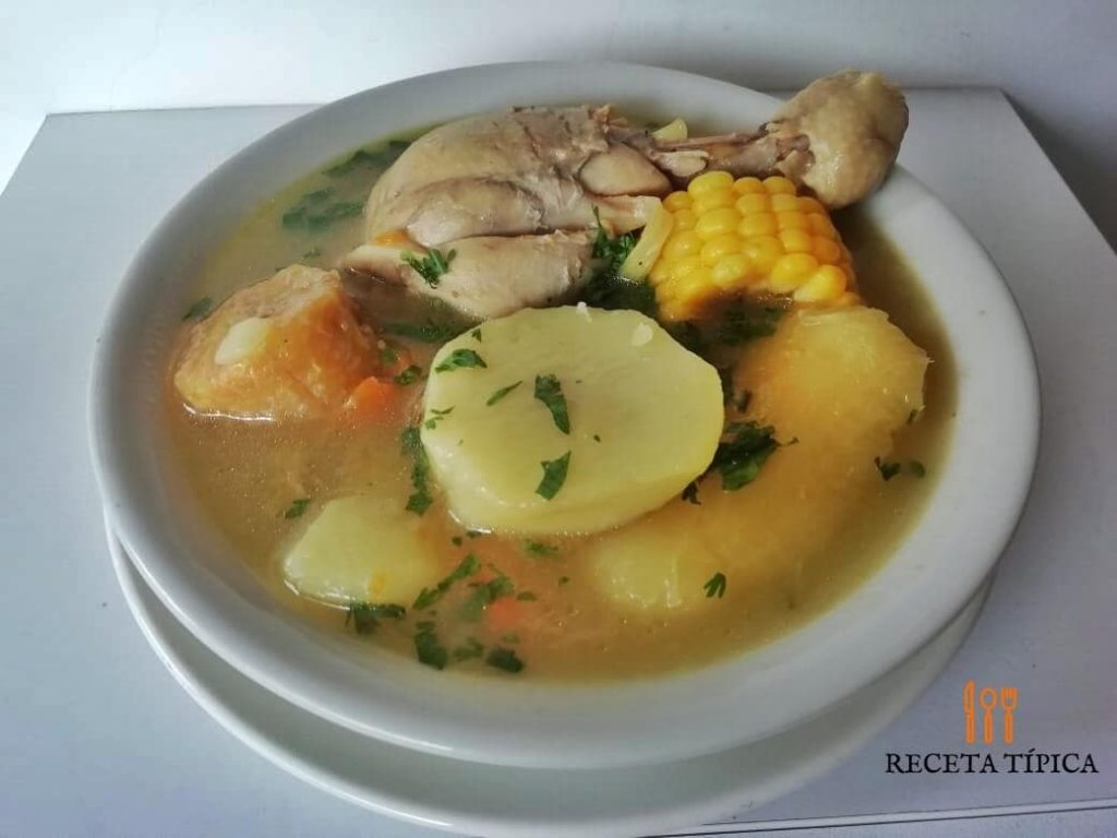Plate with sancocho valluno or hen sancocho