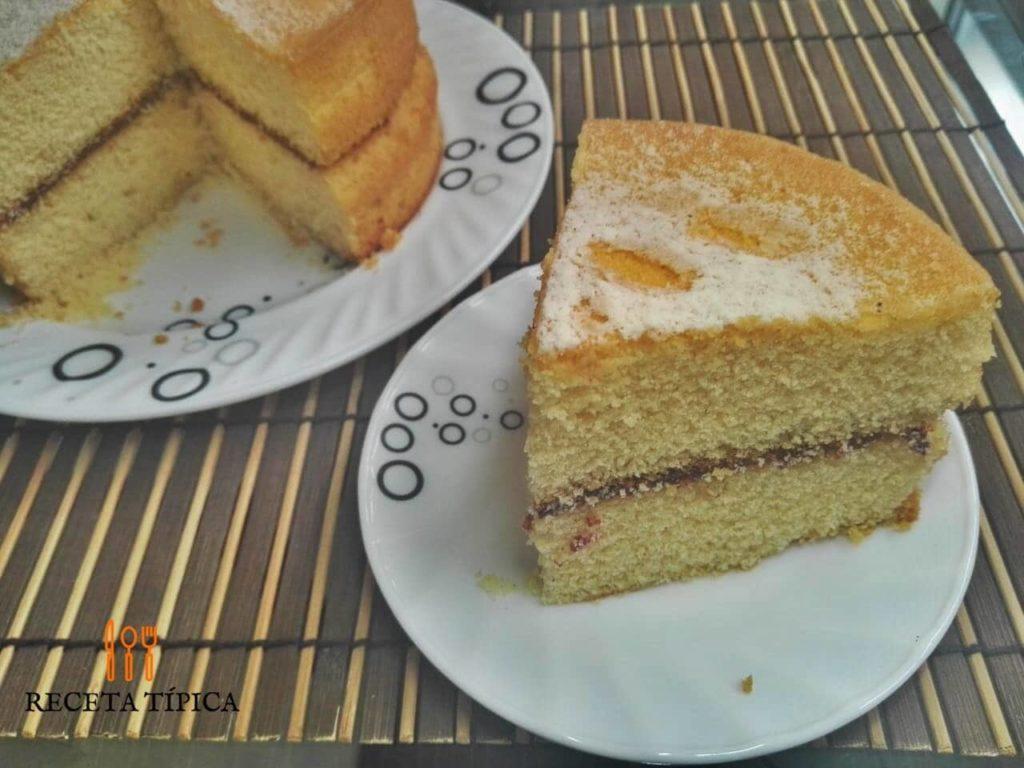 Dish with Maria Luisa cake
